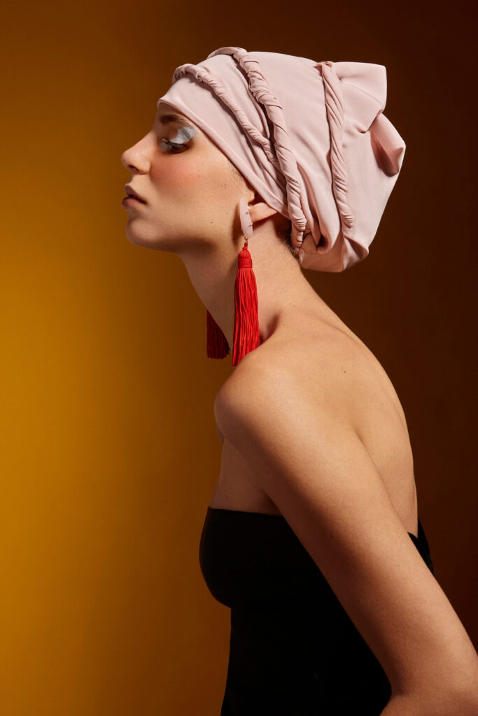 Womanwithturban_3435_AngelaRober